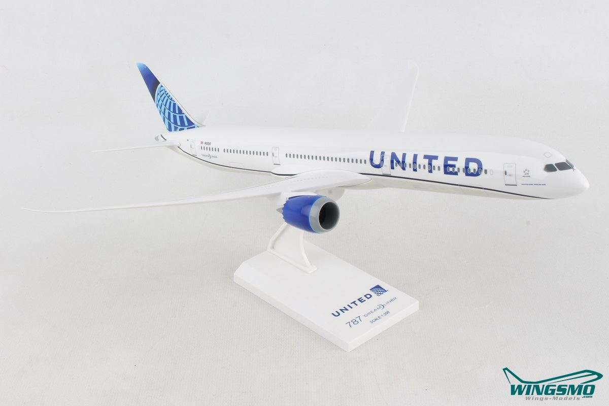 Skymarks United Airlines New Livery Boeing 787-10 SKR1050
