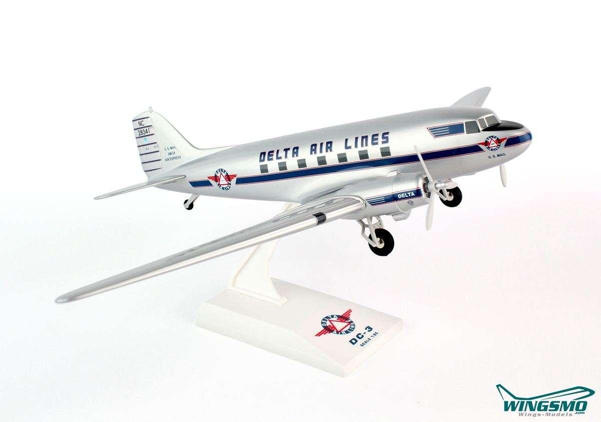 Skymarks Delta Airlines McDonnell Douglas DC-3 1:80 SKR 676
